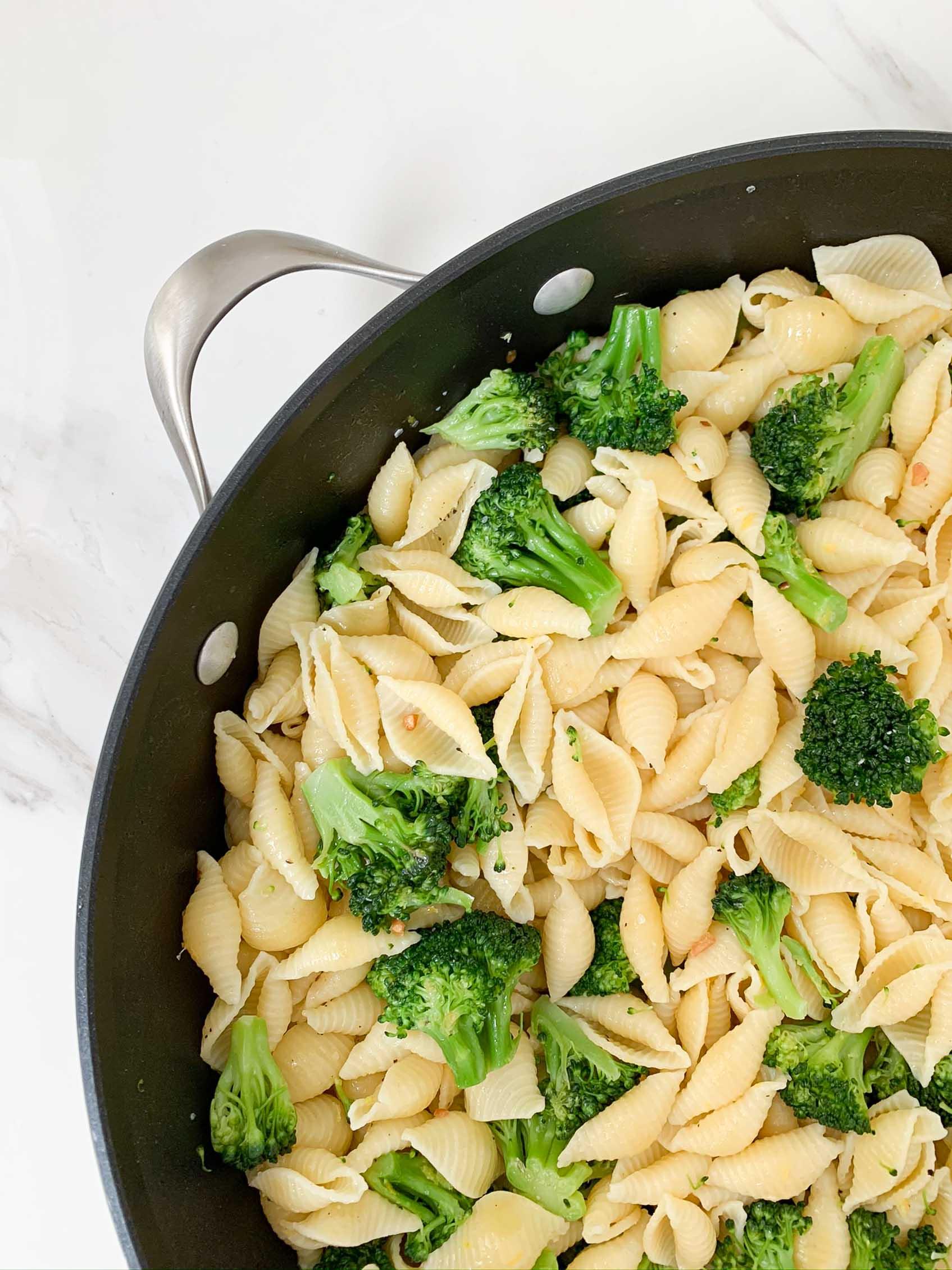 close view of lemon broccoli pasta in a big pan